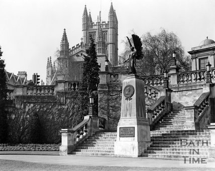 Bath Abbey viewed from Parade Gardens, c.1973