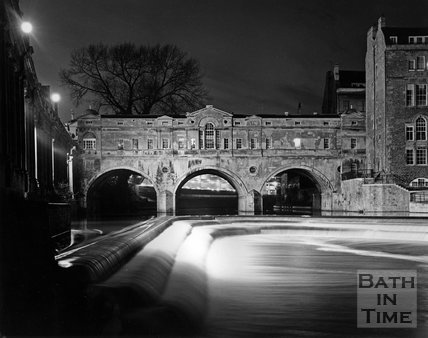 Pulteney Bridge under floodlights, Bath, c.1973