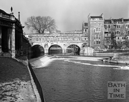 Pulteney Bridge and weir, Bath, c.1973