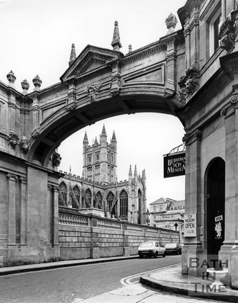 The classic view of Bath Abbey under the arch at York Street, c.1973