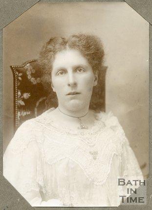 Portrait of Mrs Hope Bateman, 1906