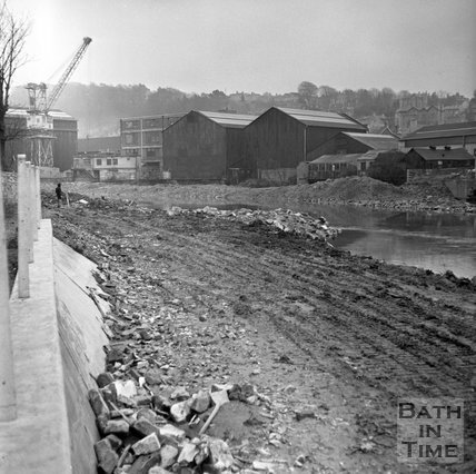 Dredging the River Avon at Green Park as part of the Flood Prevention Scheme, 22 February 1972