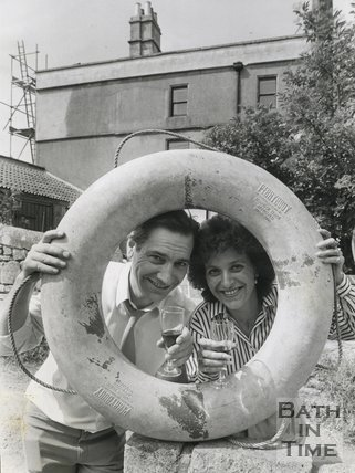 Landlord Phil Groom and Judy Larcombe at the Dolphin Inn, Locksbrook Lane, Bath, 6 July 1989