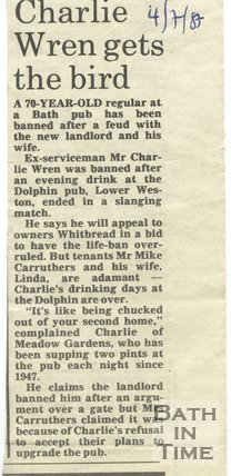 Charlie Wren gets the bird - Dolphin Inn, Bath, 4 July 1987
