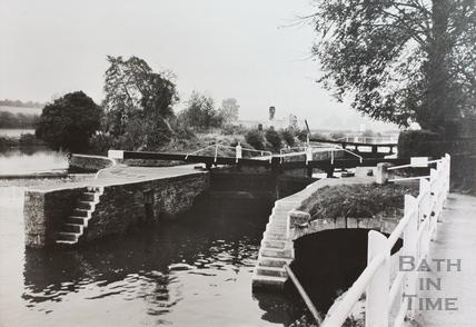 Saltford Lock No. 4 c.1960