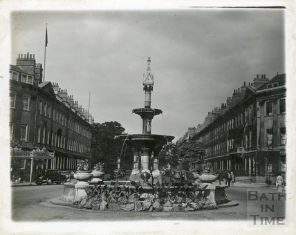 The fountain in Laura Place, Bath 1930s