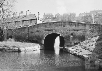 View of downstream side of Pulteney Road Bridge, Bath 1956