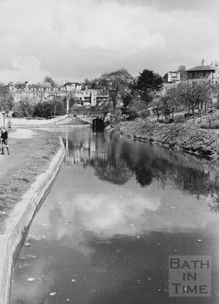 General view looking upstream to Horseshoe Walk Bridge, Bathwick, Bath 1956