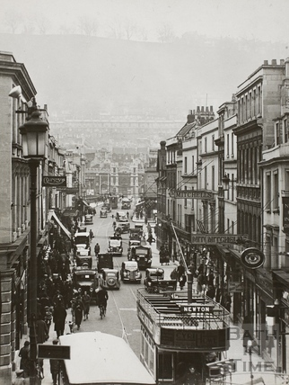 Southgate Street looking towards the Old Bridge, Bath c.1935