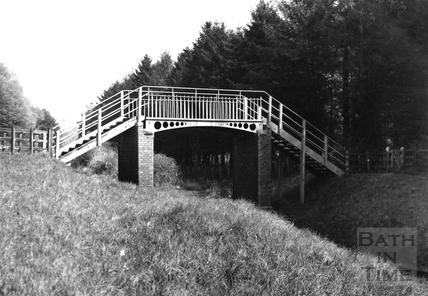 Railway footbridge, Monkton Combe 1952