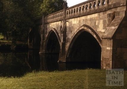 The Toll Bridge, Bathampton c.1975