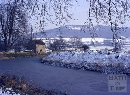 Kennet and Avon Canal frozen, Bathampton 1978