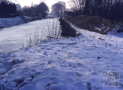 Kennet and Avon Canal near Bath frozen 1978