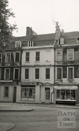 The Black Horse, 9, Kingsmead Square, Bath 1965