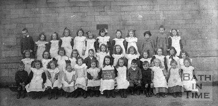 Class photo, East Twerton School, Group 2, 1910
