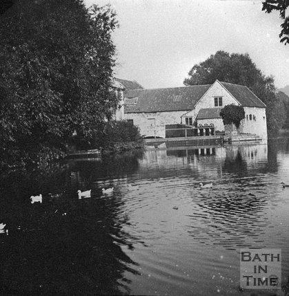 An unidentified riverside building, probably on the River Avon near Bath, c.1900