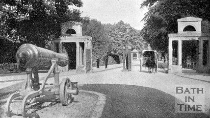 Canons at Royal Victoria Park, Bath, c.1910