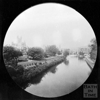 View of Pulteney Bridge and Parade Gardens fro North Parade Bridge, Bath, c.1880