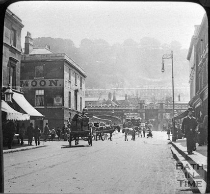 View down Southgate Street to the Full Moon Inn and Old Bridge, c.1880