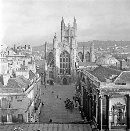 Abbey Church Yard, viewed from Arlington House, Bath, 14 January 1972