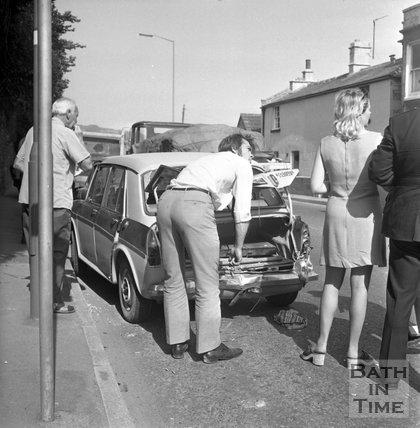 A four car pile-up on London Road West, Batheaston, 16 August 1972