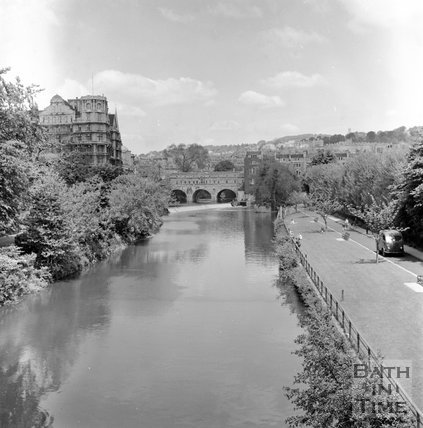 View of the River Avon towards Pulteney Bridge from North Parade Bridge, c.1955