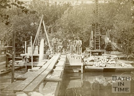 Engineering work on the River Avon by Cleveland Bridge, c.1890s