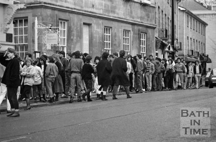 Queuing up for Tears for Fears at the Theatre Royal, Bath, 31 March 1985