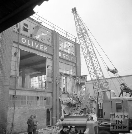 The demolition of Oliver's Biscuit Factory, Manvers Street, 6 Feb 1973