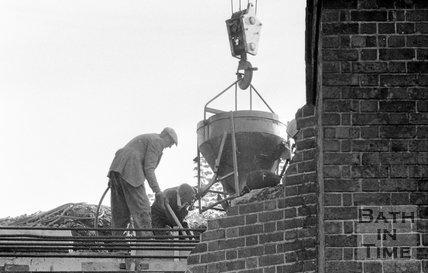 The demolition of the Pulteney Road railway bridge, Bath, 13 October 1975