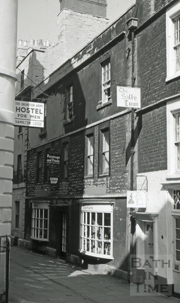The King's Head, 3, North Parade Passage, Bath 1966