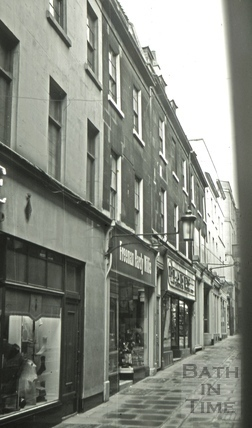 The Union Tavern/The Shepherd's Home, 5, Union Passage, Bath 1966