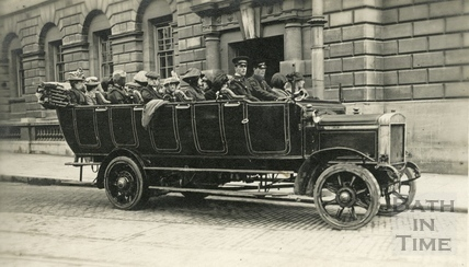 Char-a-banc trip outside the Guildhall, Bath c.1920