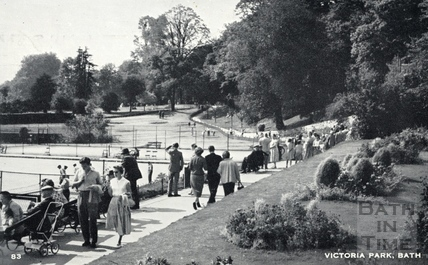 Promenaders, Royal Victoria Park, Bath c.1960