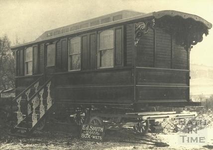 E.J. Smith, Caravan Maker, Box