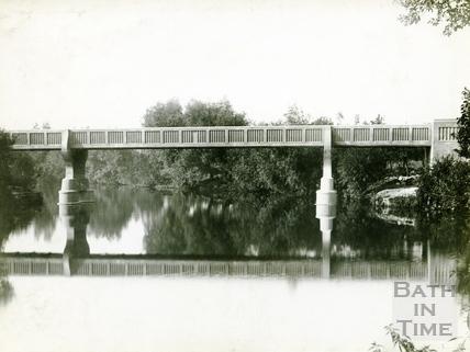 Grosvenor Bridge, Bath