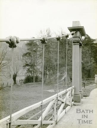 Grosvenor Suspension Bridge, Bath c.1930 - detail