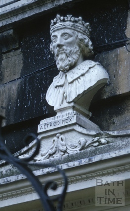 Bust of King Arthur, 14, Alfred Street, Bath c.1973