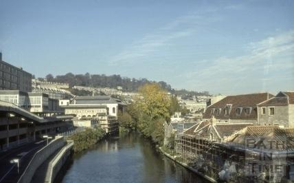River Avon behind Grove Street, Bath 1980