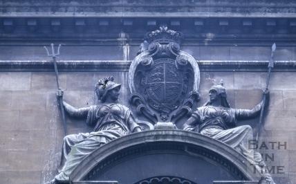 Coat of arms above the statue of Queen Victoria, Victoria Art Gallery, Bridge Street, Bath 1966