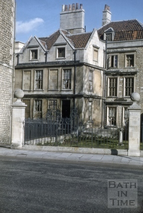 6 & 7, Chapel Court from Westgate Buildings, Bath 1956