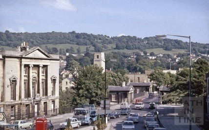 Cleveland Place East and Cleveland Bridge, Bath 1971