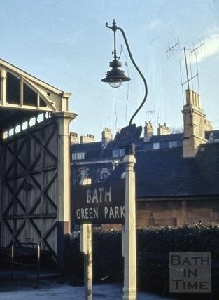 Gas lamp standard on the platform, Green Park Station, Bath 1964