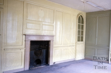 Panelling and fireplace, 23, High Street, Bath 1964