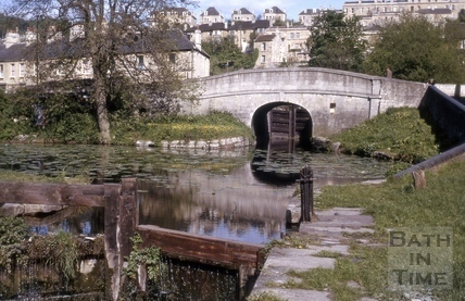 The Kennet and Avon Canal looking towards Pulteney Road, Bath 1964