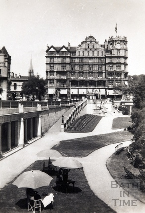 The Empire Hotel and Parade Gardens c.1935