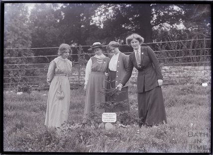 Suffragettes Annie Kenney, Mary Blathwayt, Laura Ainsworth and Charlotte Marsh (left to right) 1911