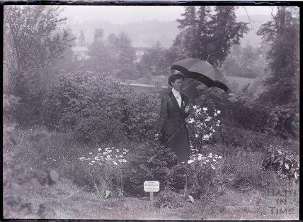 Suffragette Lillian Dove-Willcox 1910