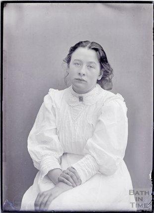 Suffragette Adela Pankhurst c.1909