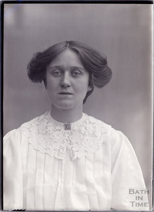 Suffragette Laura Ainsworth 1911